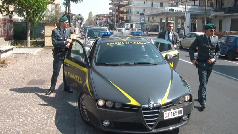 Pinerolo (Torino), fatture false a nome di morti: denunciato imprenditore