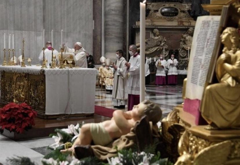 Papa Francesco: non piangiamoci addosso e usciremo dal tunnel