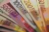 Cambi: l'euro in calo a 1,1261 dollari