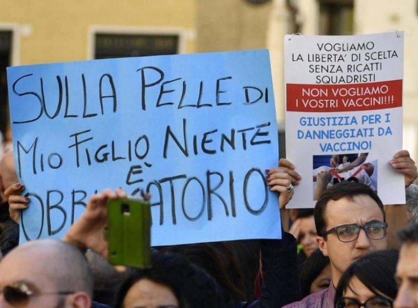 Covid, negazionisti domani a Roma: attesi in 2mila in piazza