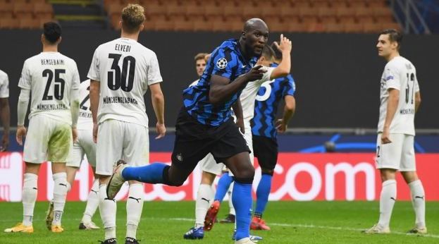 Champion League: una doppietta di Lukako salva il match tra Inter e Borussia Gladbach (2-2)
