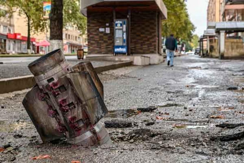 Nagorno, missile colpisce un edificio in Azerbaigian: 13 morti