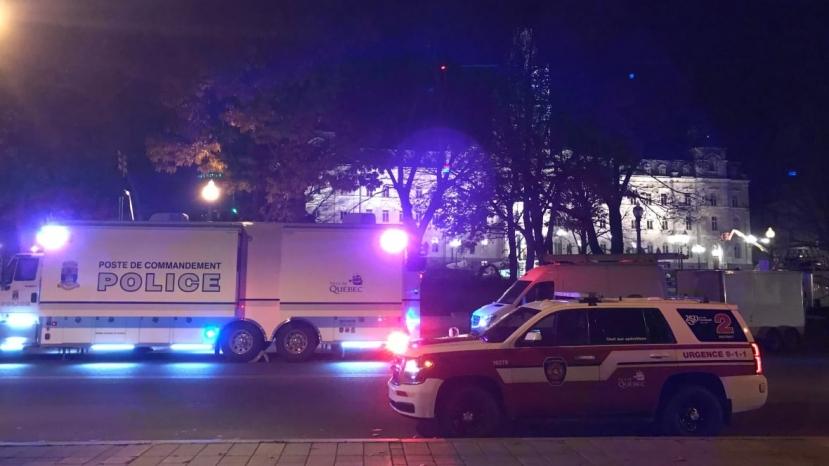 Canada, uomo in abiti medievali accoltella passanti: 2 morti e 5 feriti